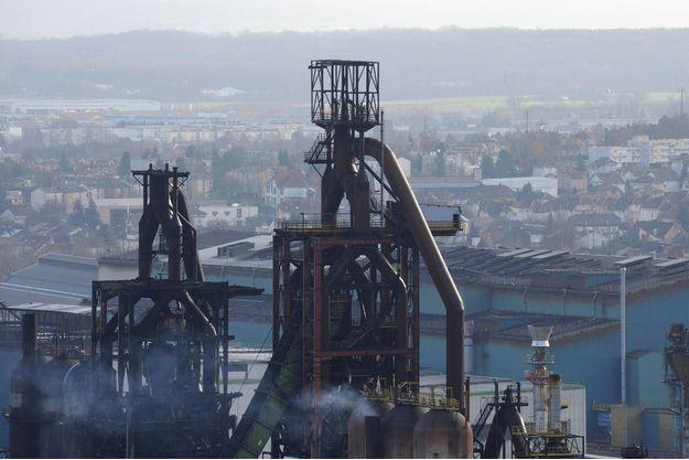 Vue aérienne de l'usine ArcelorMittal à Florange.