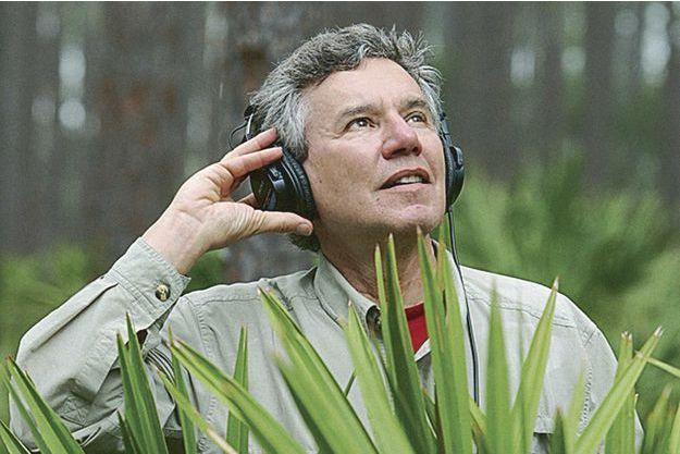 Bernie Krause détient les plus vastes archives acoustiques de l'écologie au monde.