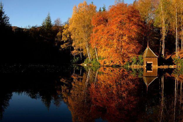 Le loch Dunmore en Ecosse