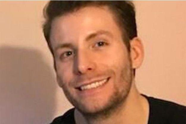 Zachary Meadors a été retrouvé mort.