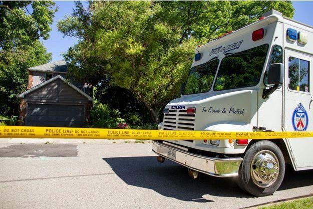Illustration d'un véhicule de police au Canada.
