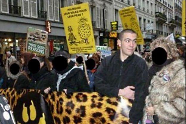 Esteban Morillo, sur une photo diffusée par Alexandre Gabriac (élu des Jeunesses Nationalistes et ancien candidat du FN exclu après la parution de photo de lui faisant le salut nazi)