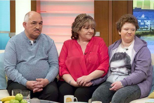 Kayley Asher et ses parents en avril 2016
