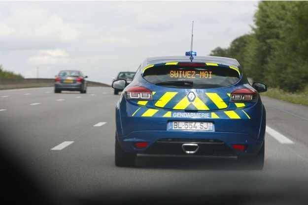 Une Renault Mégane RS d'interception de la gendarmerie, en 2011, près de Paris (photo d'illustration).
