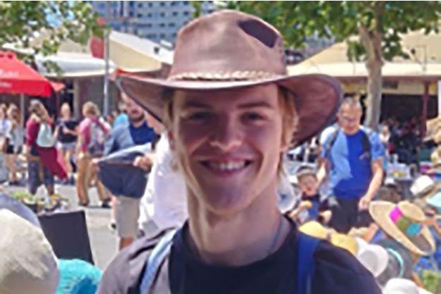 Le déchirant appel à l'aide du père de Theo, 18 ans, porté disparu en Australie