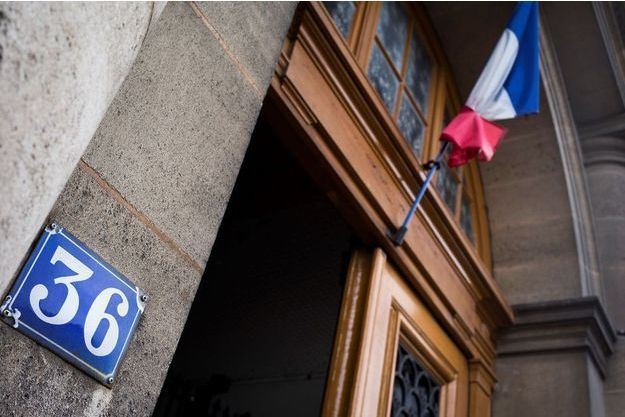 Devant le 36 quai des Orfèvres, à Paris, ancien siège de la police judiciaire.