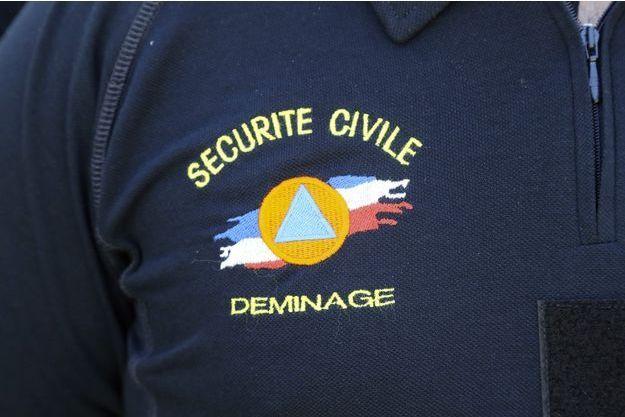 Une équipe de démineurs de la Sécurité Civile était sur place.