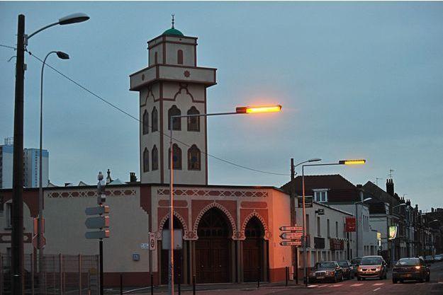 La mosquée Al Wifaq de Mons-en-Baroeul, photographiée en 2009.