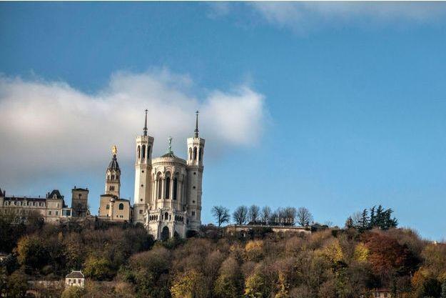 La Basilique Notre-Dame de Fourvière de Lyon.