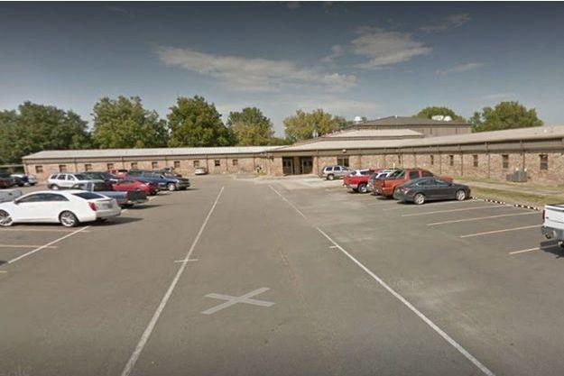 Le Pocola High School.