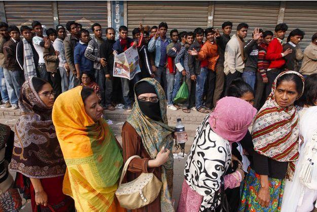 En 2011, les gens faisaient la queue pour acheter des places pour la coupe du monde de cricket