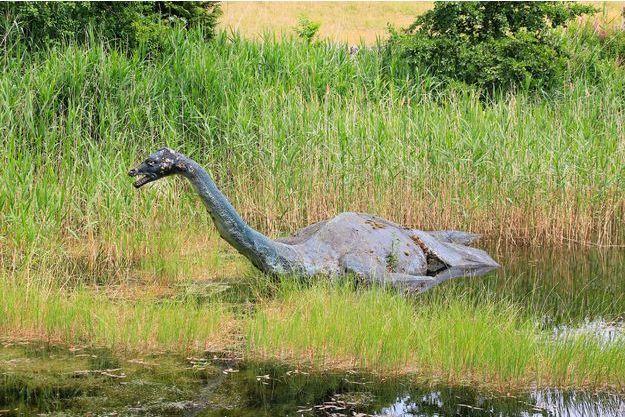 Une sculpture du Loch Ness à Drumnadrochit en Ecosse.