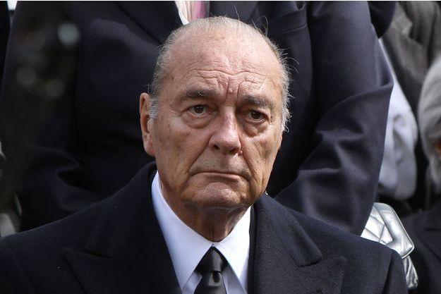 Un ancien masque japonais représentant un démon ressemble comme deux gouttes d'eau à Jacques Chirac. Une coïncidence troublante.