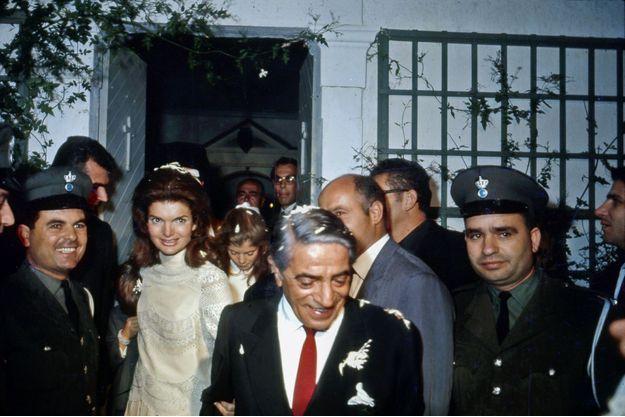 Le mariage de Jacqueline Bouvier Kennedy et d'Aristote Onassis.