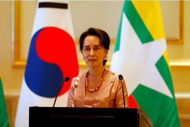 """Abus contre les Rohingyas : le rôle de Aung San Suu Kyi est une """"question ouverte"""""""