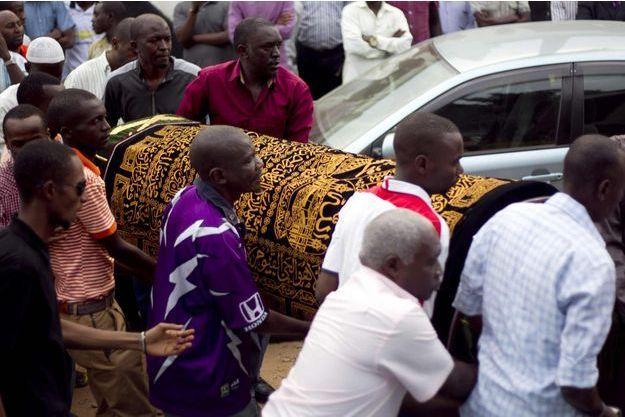 Le cercueil d'Hafsa Mossi le 13 juillet 2016 à Bujumbura.