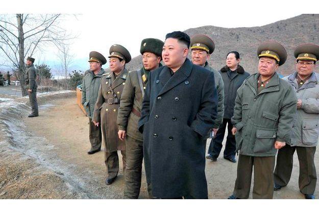 Le 21 février, Kim Jong-un en tournée d'inspection de l'armée du peuple.