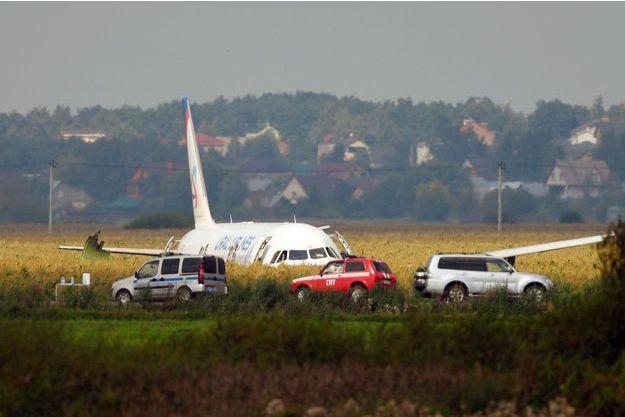 Incidents / Accidents mineurs - Page 39 Crash-d-un-Airbus-en-Russie-des-pilotes-heroiques-evitent-le-drame