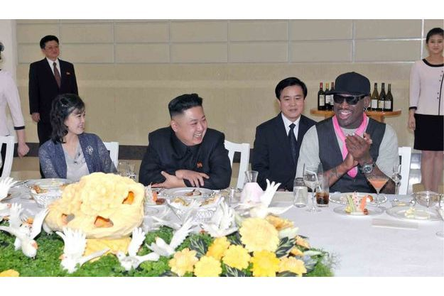 Kim Jung-Un et Dennis Rodman partage un repas en Corée du Nord.
