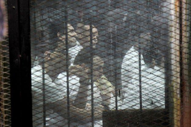 Les accusés, en juin 2017, derrière les barreaux.