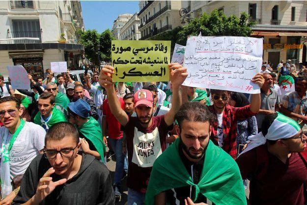 Manifestation à Alger, en juin 2019.