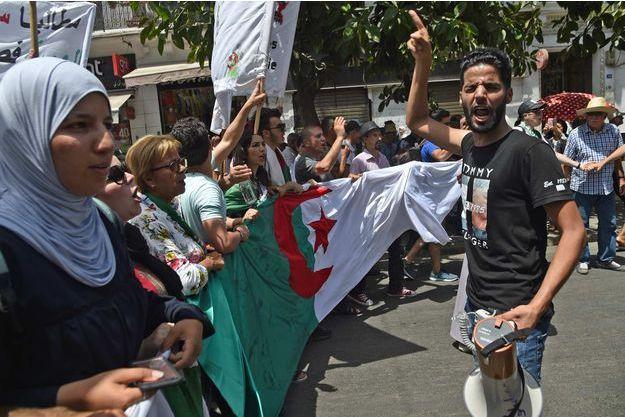 En Algérie, les étudiants rejettent à leur tour l'instance de dialogue