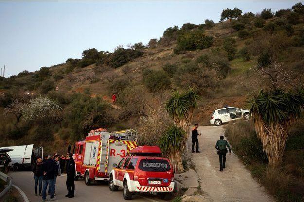 Les autorités sont à la recherche d'indice dans le village de Tolalan.