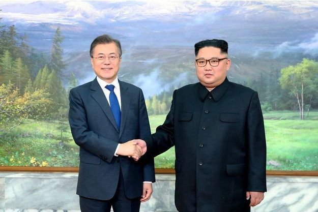 Moon Jae-in et Kim Jong-un, en mai 2018.