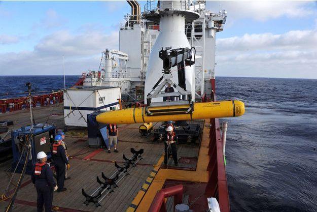 Bluefin-21, le sous-marin américain dépêché dans l'océan Indien, n'avait rien trouvé.