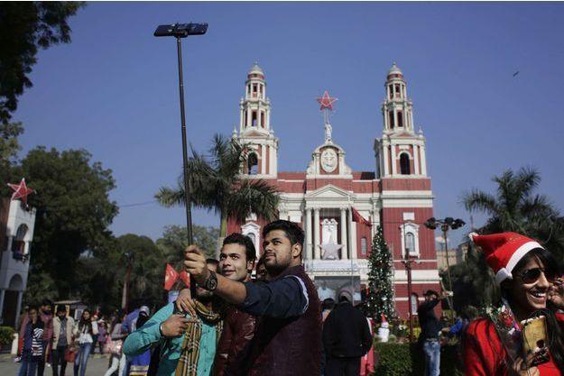 Selfie à New Delhi (Image d'illustration)