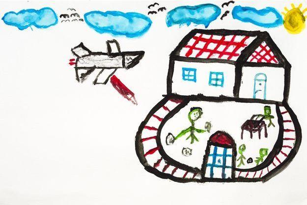 """Reyhanli, Hatay, Turquie - Sujet pour cette session: Dessinez votre impression de la vie avant, pendant et après la guerre. Dessin d'un garçon syrien, âgé de 10 ans: """"Un avion largue des bombes sur notre maison""""."""