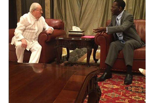 Jean-Marie Le Pen reçu en audience par le président Teodoro Obiang, le 22 mai 2016 à Malabo, capitale de Guinée équatoriale