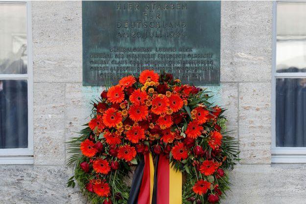 Une plaque en hommage aux auteurs de l'attentat manqué contre Hitler il y a 75 ans.