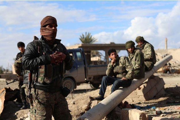 Les forces démocratiques syriennes à Baghouz, le 2 février 2019.