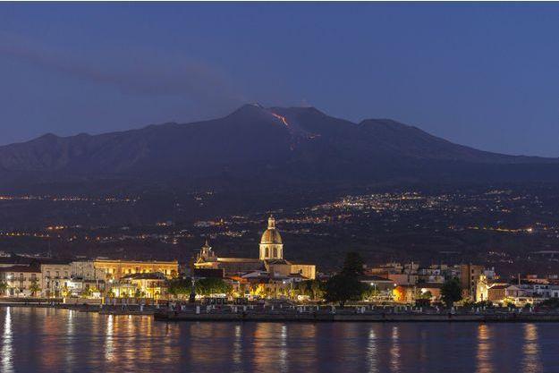 L'Etna est entré en éruption