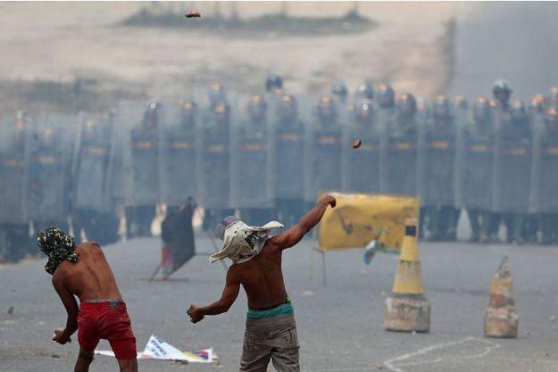 Des manifestants au Venezuela.