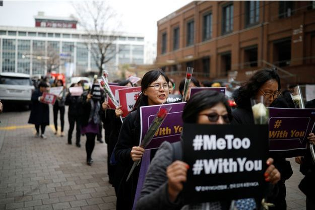Les femmes sud-coréennes participent au mouvement #metoo.