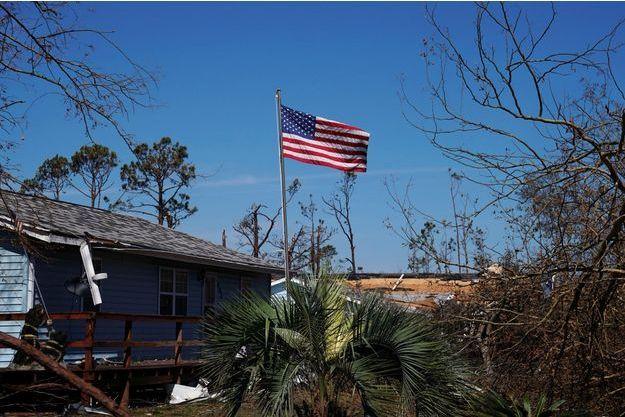 L'ouragan Michael a dévasté la ville de Mexico City en Floride.