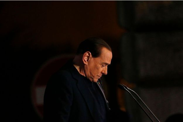 Silvio Berlusconi chez lui à Rome, mercredi.