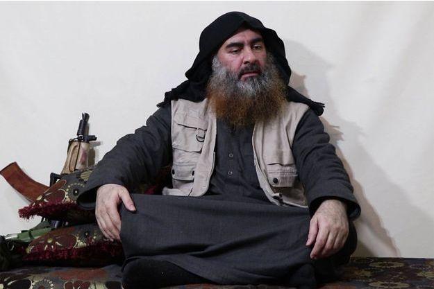 Abou Bakr al-Baghdadi dans une vidéo de propagande.