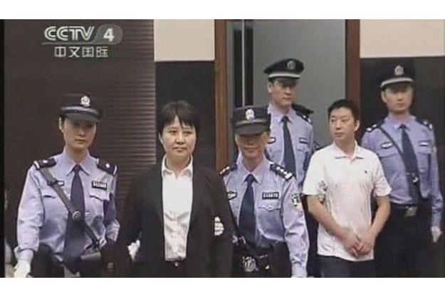 Gu Kailai, filmée par les caméras de la télévision chinoise, jeudi.
