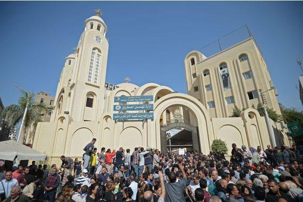 Cérémonie le 3 novembre 2019 pour les victimes du dernier attentat revendiqué par Daech dans la province de Minya en Egypte