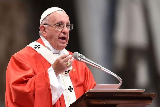 Le pape François lors de la messe donnée le 29 juin