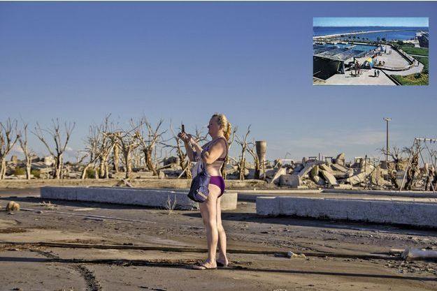 Myrta vient chaque année de Buenos Aires avec son mari visiter les vestiges d'Epecuen.