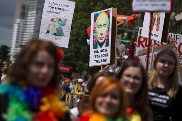 Lors de la gay pride de Berlin, le 22 juin dernier, la loi contre la propagande était au coeur des revendications.