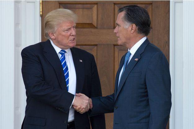 Donald Trump et Mitt Romney en novembre 2016 à Bedminster dans le New Jersey.