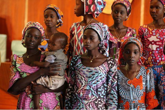 Quelques unes des 21 lycéennes de Chibok libérées à la mi-octobre.