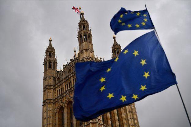 A Londres, devant le Parlement, jeudi.