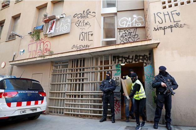 Des immeubles ont été perquisitionnés à Barcelone.