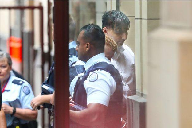 L'accusé arrive au tribunal jeudi à Melbourne.